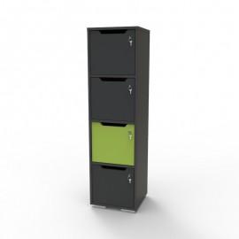 Vestiaire multicases en bois graphite et vert CASEO avec 4 cases qui est livré monté dans des salles de sport